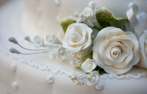 white icing rose
