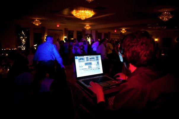 average cost of a los angeles wedding dj think